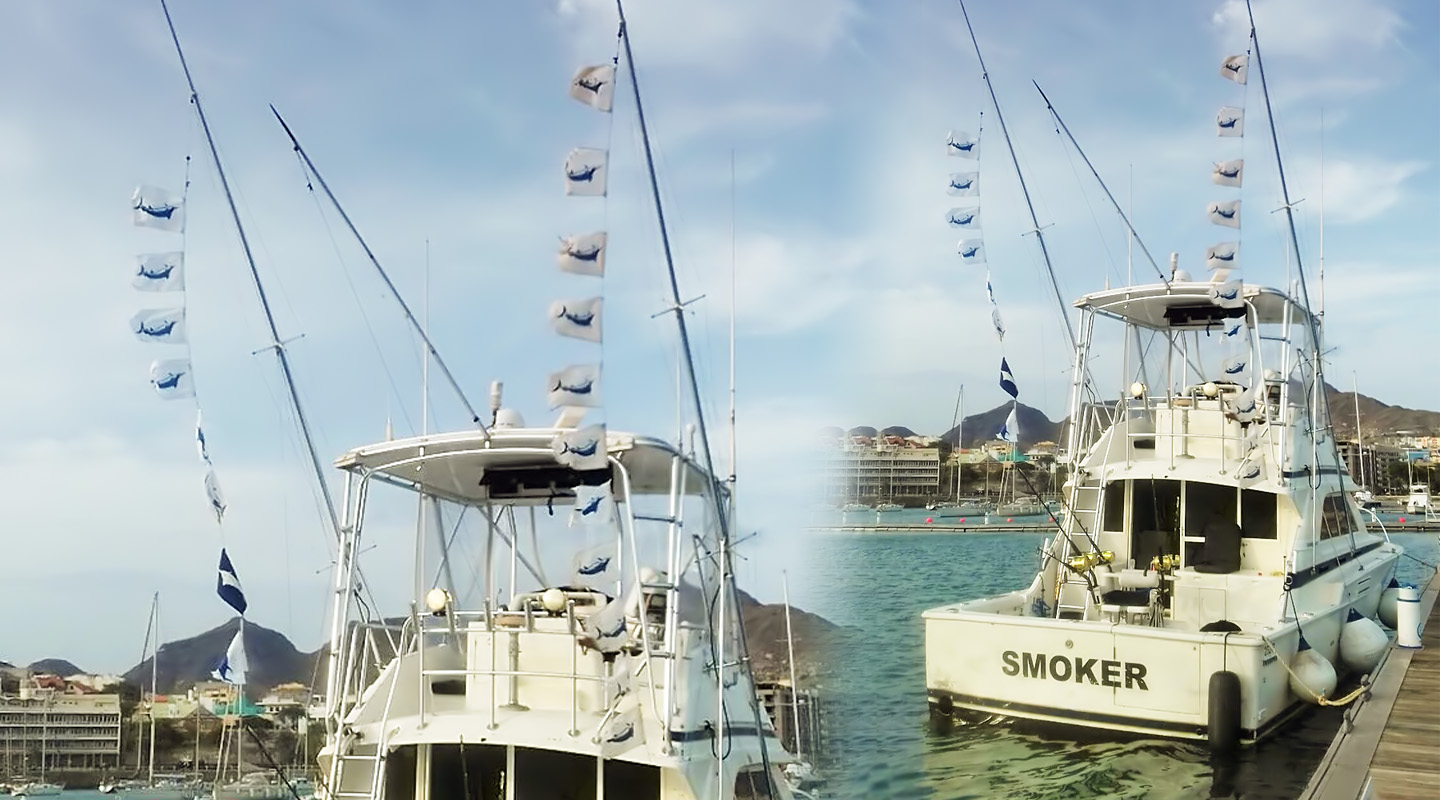 SMOKER - Fishing Boat - Flags - Cape Verde